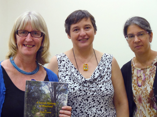 L > R: Sally Pope, Glenda Browne, Mary Coe
